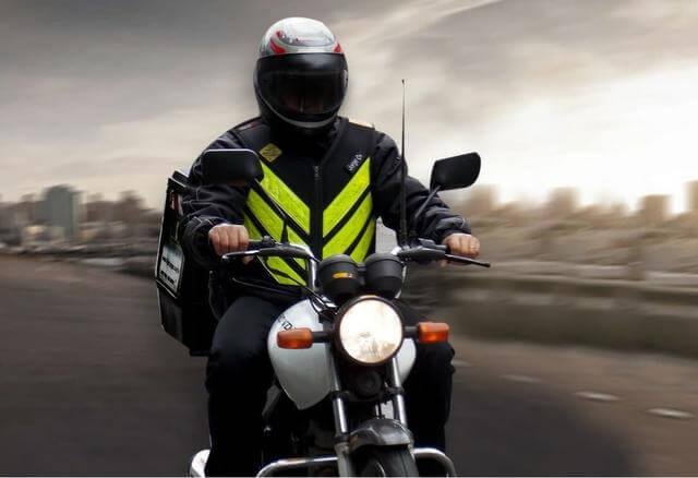 Mais de 400 vagas para motoboy – cadastre o seu currículo online!
