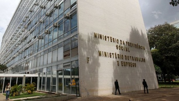 Vagas de estágio no Ministério do Trabalho e Emprego – saiba enviar currículo