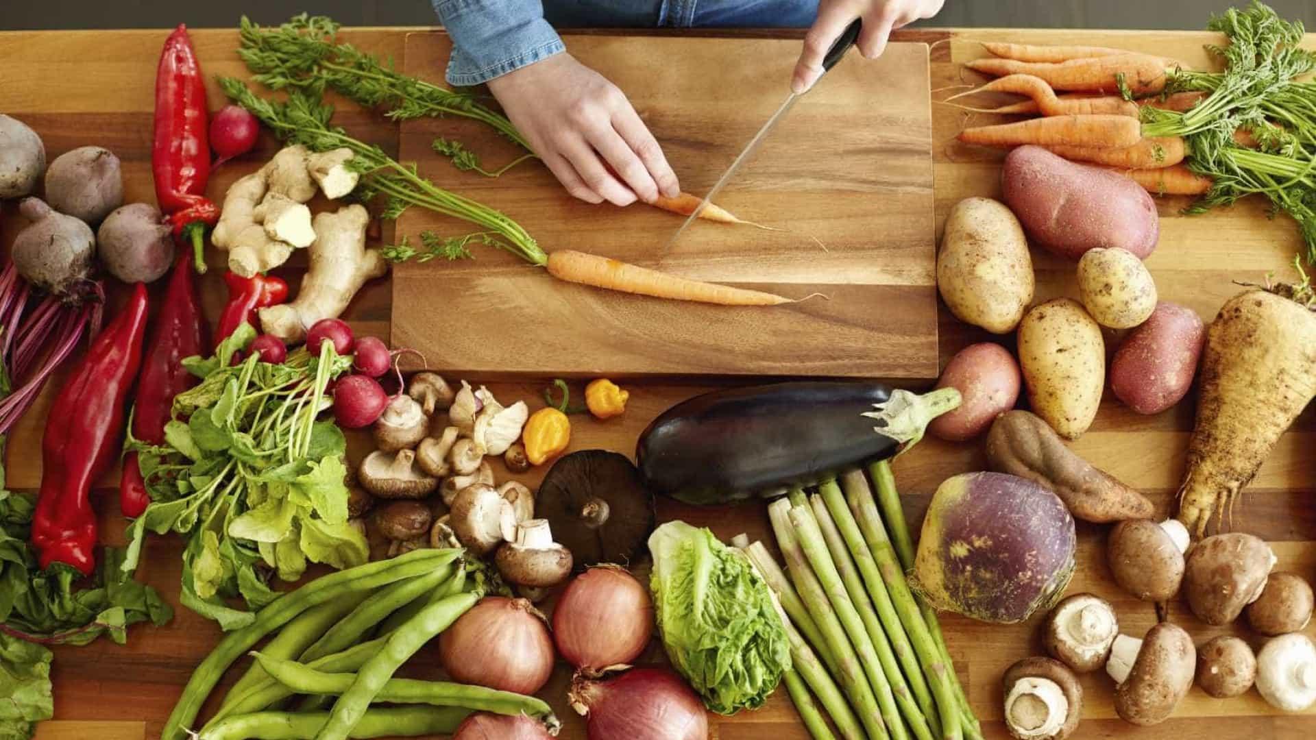 Aplicativo da área de alimentação oferece Trabalho Temporário
