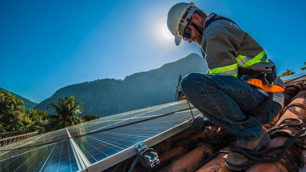 Ambev vai instalar mais de 30 usinas solares no Brasil até 2020