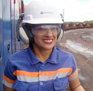Empresa contrata mulheres para atuar na área de mineração