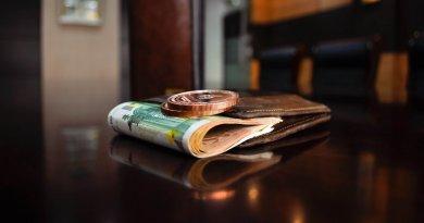3 jeitos para ganhar dinheiro nas férias sem sair de casa