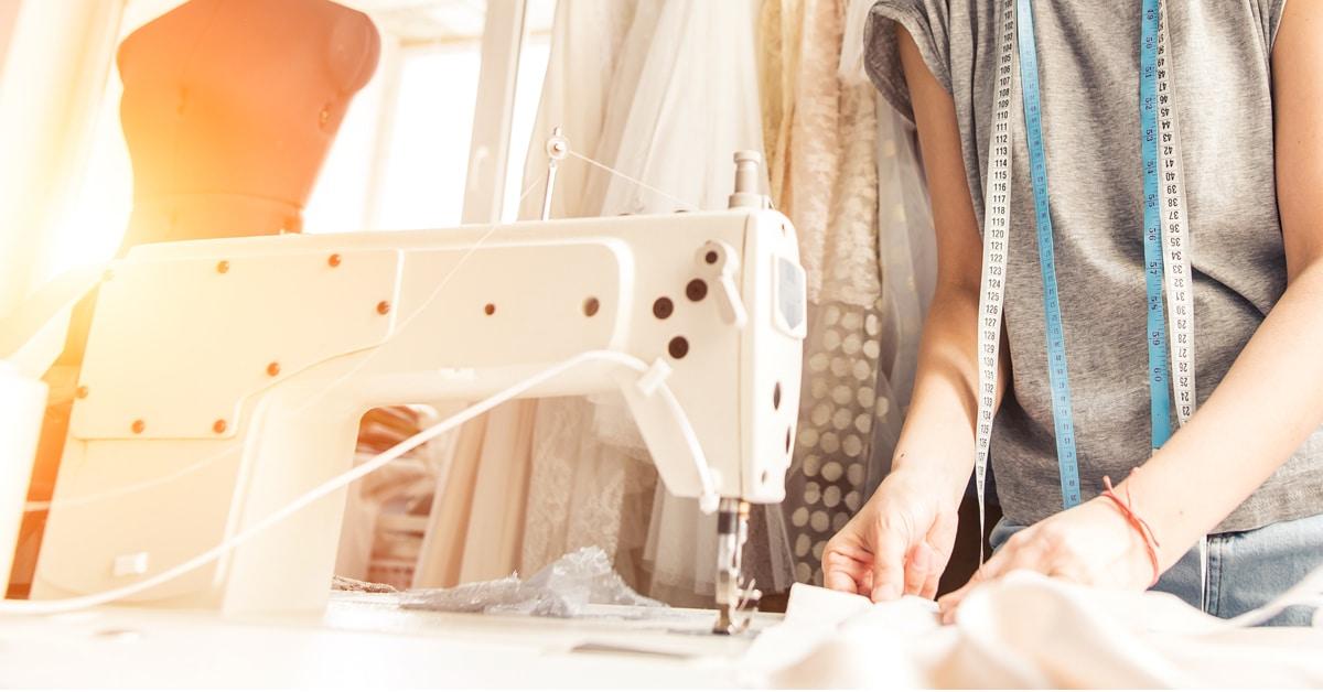 Saiba como o Sebrae ensina a ter um ateliê de costura