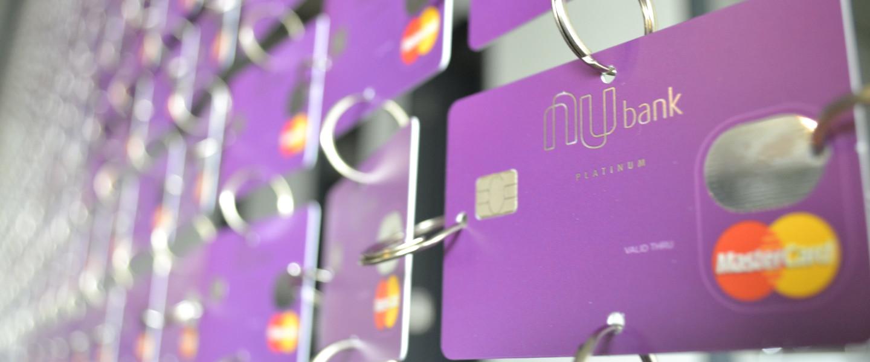Aprenda como viajar com o Nubank Rewards