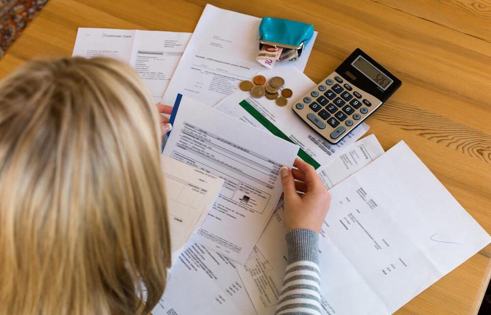 Aprenda como negociar a dívida com a faculdade