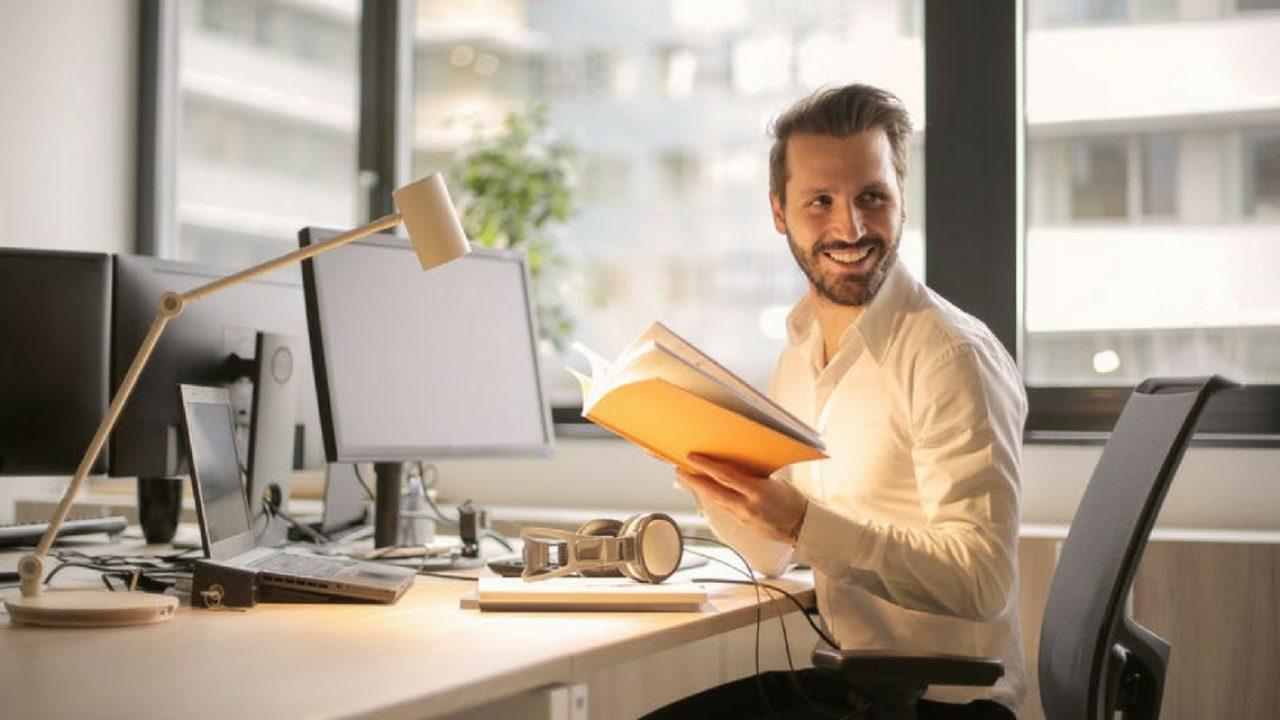 atitudes para ser feliz no trabalho